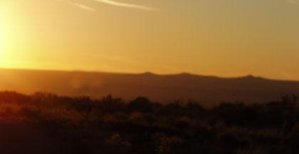 volcanoes-at-sunset-10-26-08.JPG