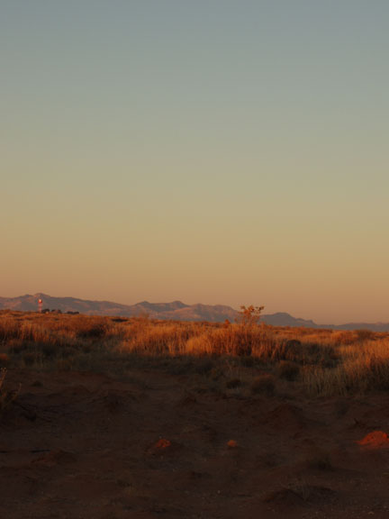 fort-bliss-dawn-of-tracking-day-1-25-09.jpg